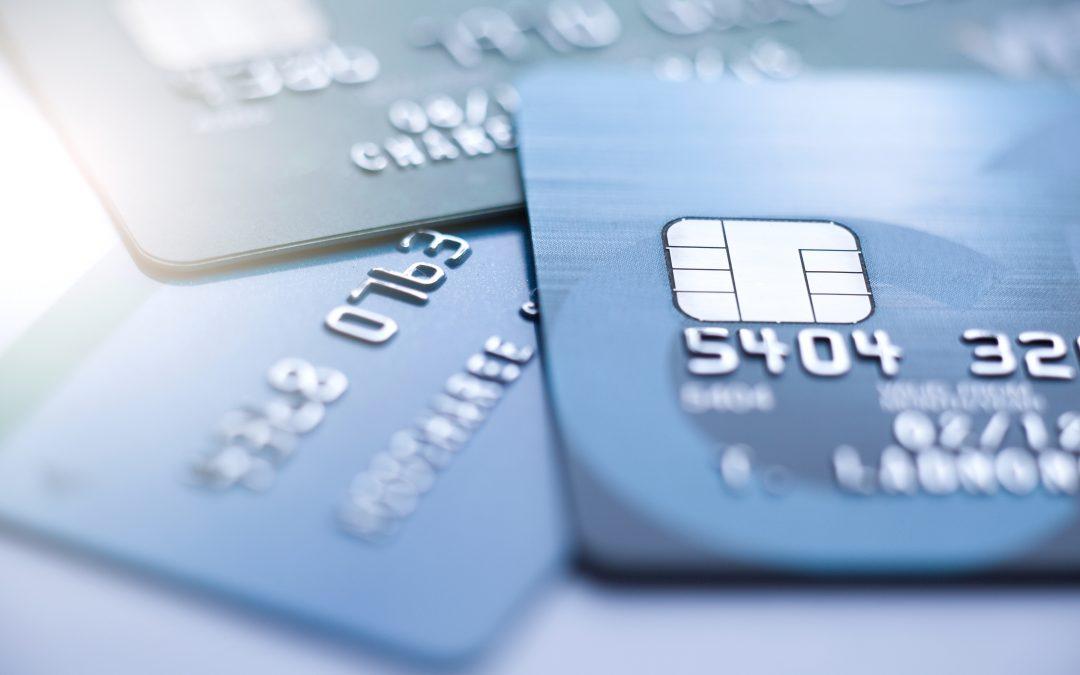 Tengo una tarjeta de crédito revolving que por más que que abono todos los meses los recibos, no consigo que la deuda total disminuya